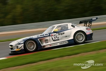 #102 Mercedes SLS AMG GT3: Max Nilsson, Mika Vahamaki