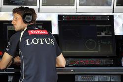 Romain Grosjean, Lotus F1 Team, serving a one race ban
