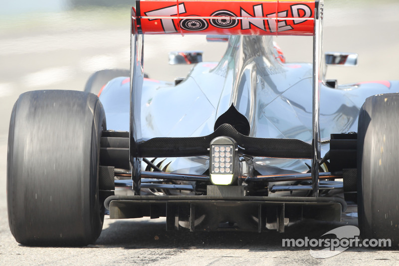 Jenson Button, McLaren, rear diffuser