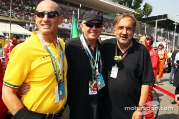 Dr Mauro Ferrari with Sergio Marchionne, CEO FIAT Group, on the grid
