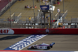 Tristan Vautier, Sam Schmidt Motorsports takes the checkered flag and takes the Indy Lights series 2012 championship