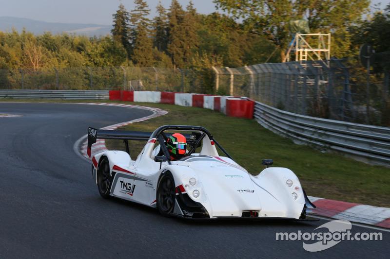 Jochen Krumbach drivers the TMG EV P002 to a new electric vehicle record