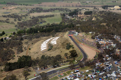 Overview of Mount Panorama and Bathurst circuit