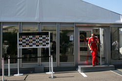 Stefano Domenicali, Ferrari General Director leaves a teams' meeting