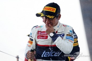 Kamui Kobayashi, Sauber celebrates his third position on the podium