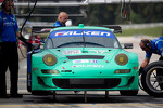 #17 Team Falken Tire Porsche 911 GT3 RSR