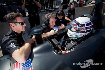 Johnny O'Connell tests the #0 Nissan DeltaWing Project 56 Nissan talks with Ben Bowlby and Gunnar Jeannette