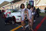 Stefano D'Aste, BMW 320 TC, Wiechers-Sport and KWGirls