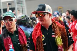 Heikki Kovalainen, Caterham and Kimi Raikkonen, Lotus F1 Team on the drivers parade