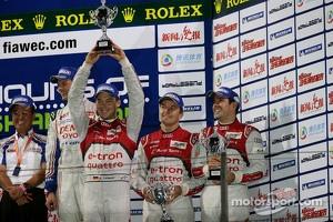 Podium: third place Marcel Fässler, Benoit Tréluyer, Andre Lotterer