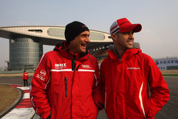 Gabriele Tarquini, SEAT LeÛn WTCC, Lukoil Racing Team and Tiago Monteiro, Honda Civic Super 2000 TC, Honda Racing Team Jas