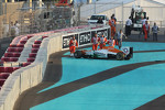 Nico Hulkenberg, Sahara Force India F1 crashes out at the start of the race