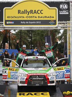 Podium: Benito Guerra and Borja Rozada, Mitsubishi Evo X