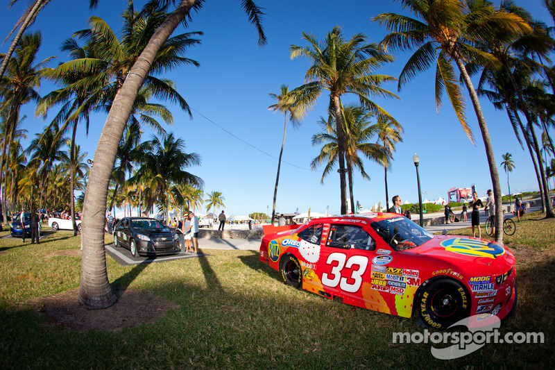 NASCAR Championship Drive in South Beach: Nationwide car of Tony Stewart