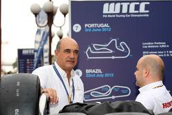 Jaime Puig, SEAT Sport director and Andrea Adamo, Chief Designer, Honda Racing Team Jas