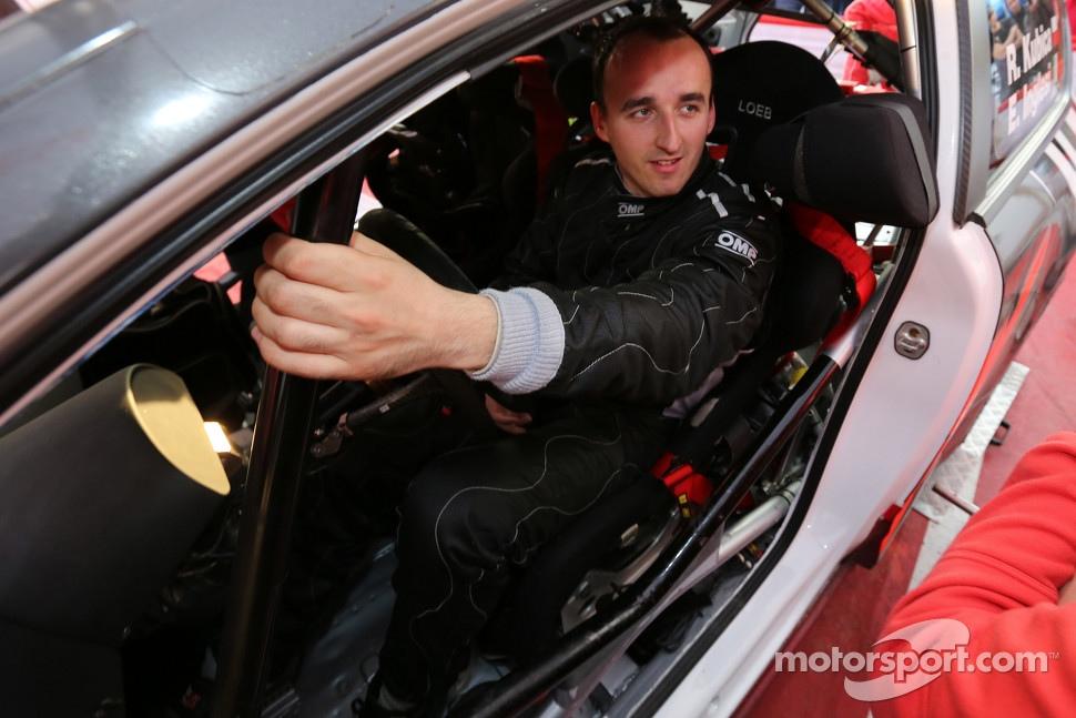 http://cdn-2.motorsport.com/static/img/mgl/1400000/1490000/1494000/1494700/1494702/s1_1.jpg