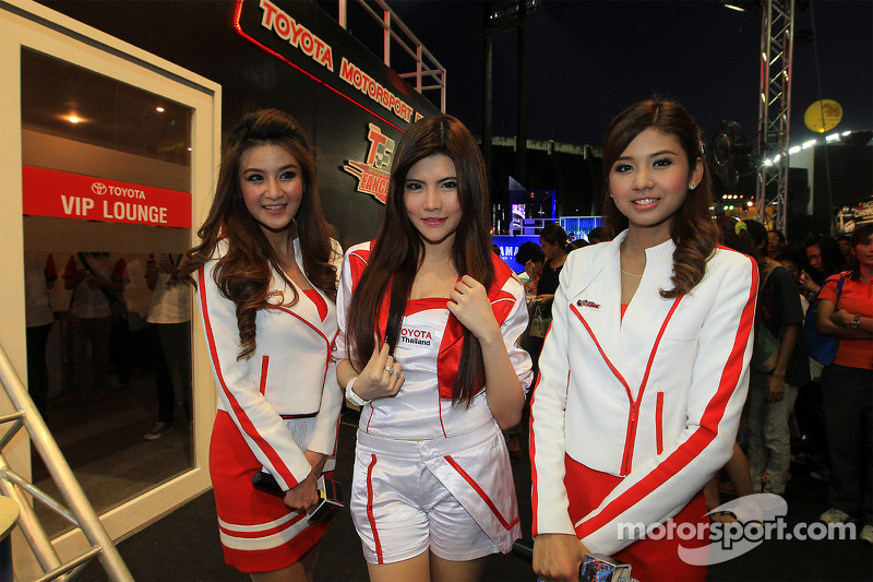 Lovely Toyota girls
