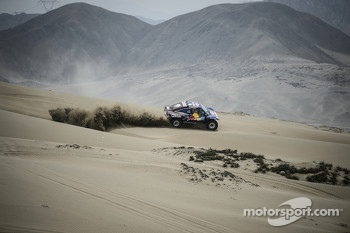 #303 Buggy: Carlos Sainz, Timo Gottschalk test near Lima, Peru