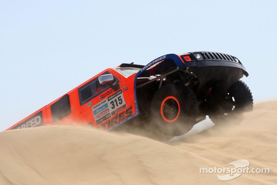 http://cdn-2.motorsport.com/static/img/mgl/1400000/1490000/1499000/1499200/1499212/s1_1.jpg