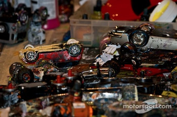 Motorsport Artist uses Model Cars to Paint