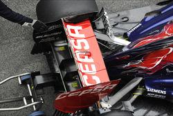Scuderia Toro Rosso STR8 rear wing