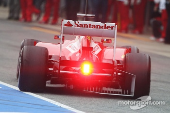 Fernando Alonso, Ferrari F138 running sensor equipment