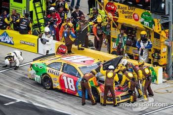 Blown engine for Kyle Busch, Joe Gibbs Racing Toyota