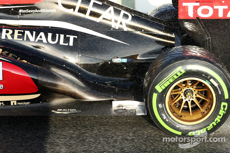 Lotus F1 E21 exhaust