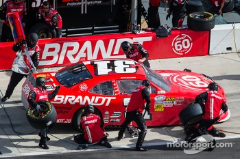 Pit stop for Justin Allgaier