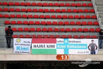 Banners for Kimi Raikkonen, Lotus F1 Team