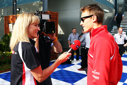 Rachel Brookes, Sky Sports F1 Reporter with Max Chilton, Marussia F1 Team