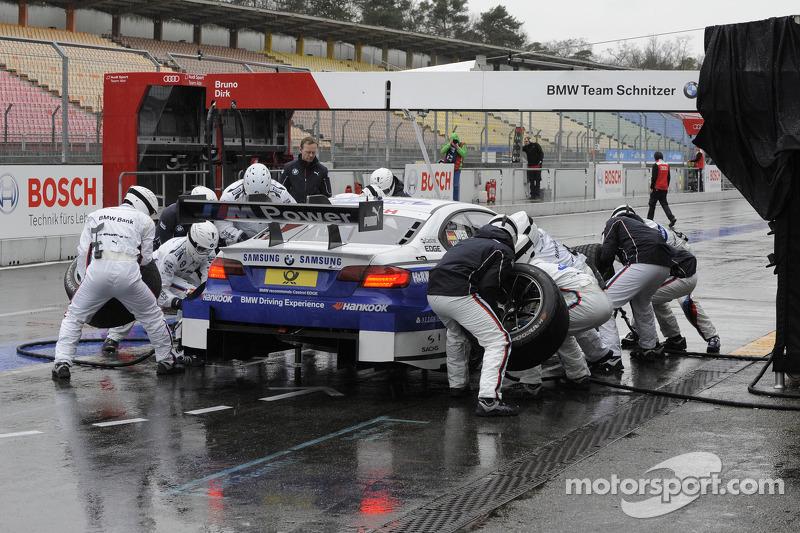 Dirk Werner, BMW Team Schnitzer, BMW M3 DTM, pit stop
