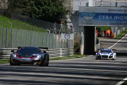 #7 Hexis Racing McLaren MP4-12C: Stef Dusseldorp, Alexander Sims, Alvaro Parente