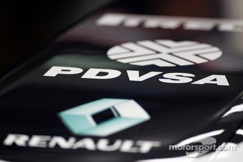 PDVSA branding on the Williams FW35