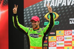 Podium: race winner James Hinchcliffe, Andretti Autosport Chevrolet