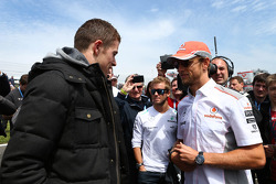 Paul di Resta and Jenson Button on the grid
