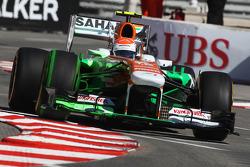 Adrian Sutil, Sahara Force India VJM06 running flow-vis paint