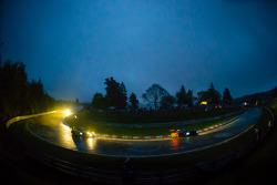 #20 Schubert Motorsport BMW Z4 GT3 (SP9): Dirk Adorf, Claudia Hürtgen, Jens Klingmann, Martin Tomczyk, #18 Manthey-Racing Porsche 911 GT3 RSR (SP7): Marc Lieb, Romain Dumas, Lucas Luhr, Timo Bernhard