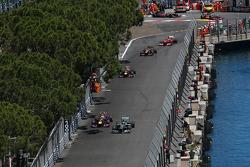 Lewis Hamilton, Mercedes AMG F1 W04 and Sebastian Vettel, Red Bull Racing RB9 battle for position