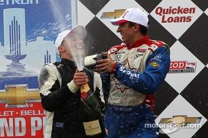 Race winner Mike Conway, Dale Coyne Racing Honda, third place Justin Wilson, Dale Coyne Racing Honda