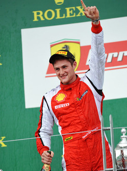 Trofeo Pirelli podium: winner Onofrio Triarsi