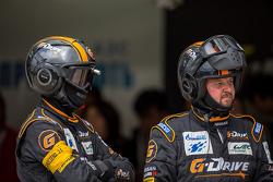 G-Drive pit crew