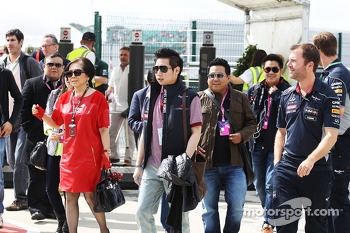 Family of Chalerm Yoovidhya, Red Bull Racing Co-Owner