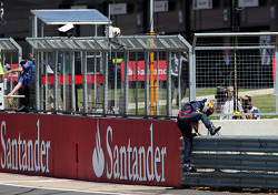 Sebastian Vettel, Red Bull Racing stope on track