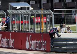 Sebastian Vettel, Red Bull Racing stope on track
