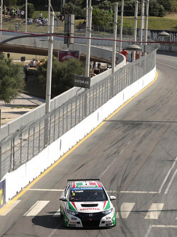 Gabriele Tarquini, Castrol Honda World Touring Car Team Honda Civic