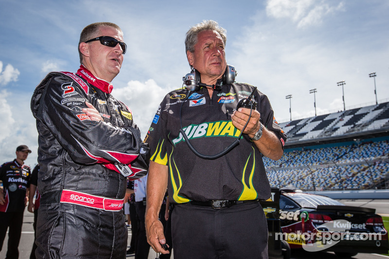 Jeff Burton, Richard Childress Racing Chevrolet and Jimmy Fennig