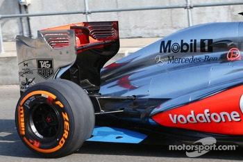 Kevin Magnussen, McLaren MP4-28 Test Driver rear floor detail