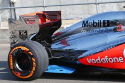 Kevin Magnussen, McLaren MP4-28 Test Driver rear floor detail