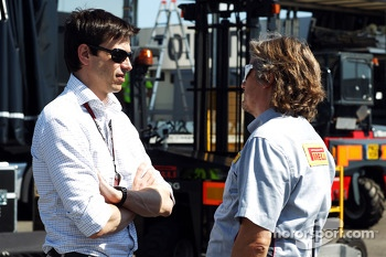 Toto Wolff, Mercedes AMG F1 Shareholder and Executive Director, with a Pirelli employee